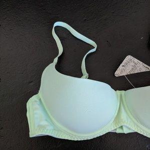 c9145709ad Free People Intimates   Sleepwear - NWT Free People Mint Green Underwire Bra  size 34A